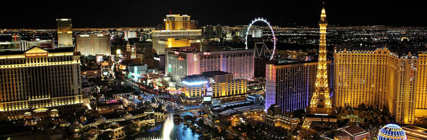3 of the Most Iconic Gambling Movies of All Time US Las Vegas Top view City 880x290 - 3 of the Most Iconic Gambling Movies of All Time